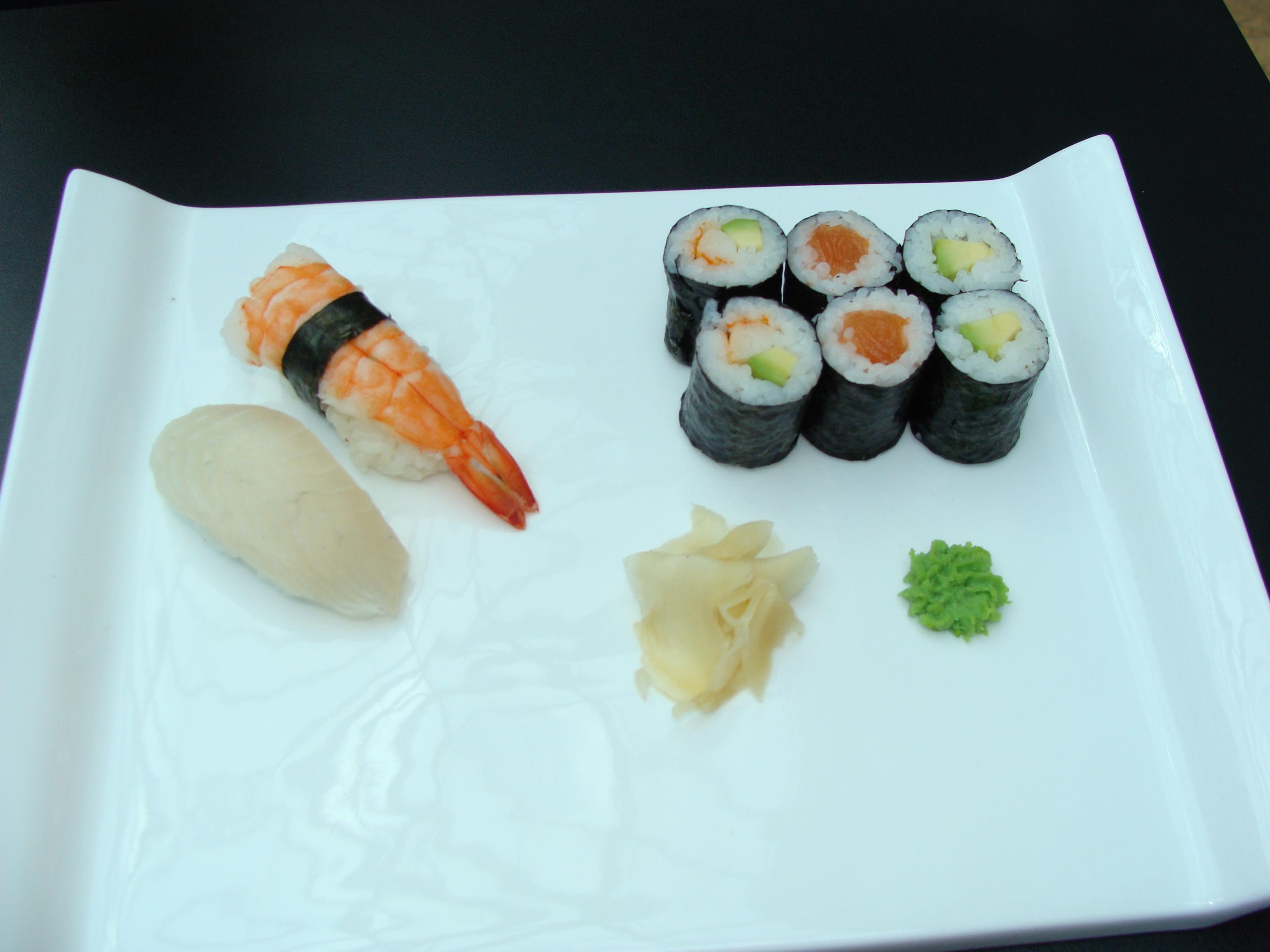 Sushi happy box
