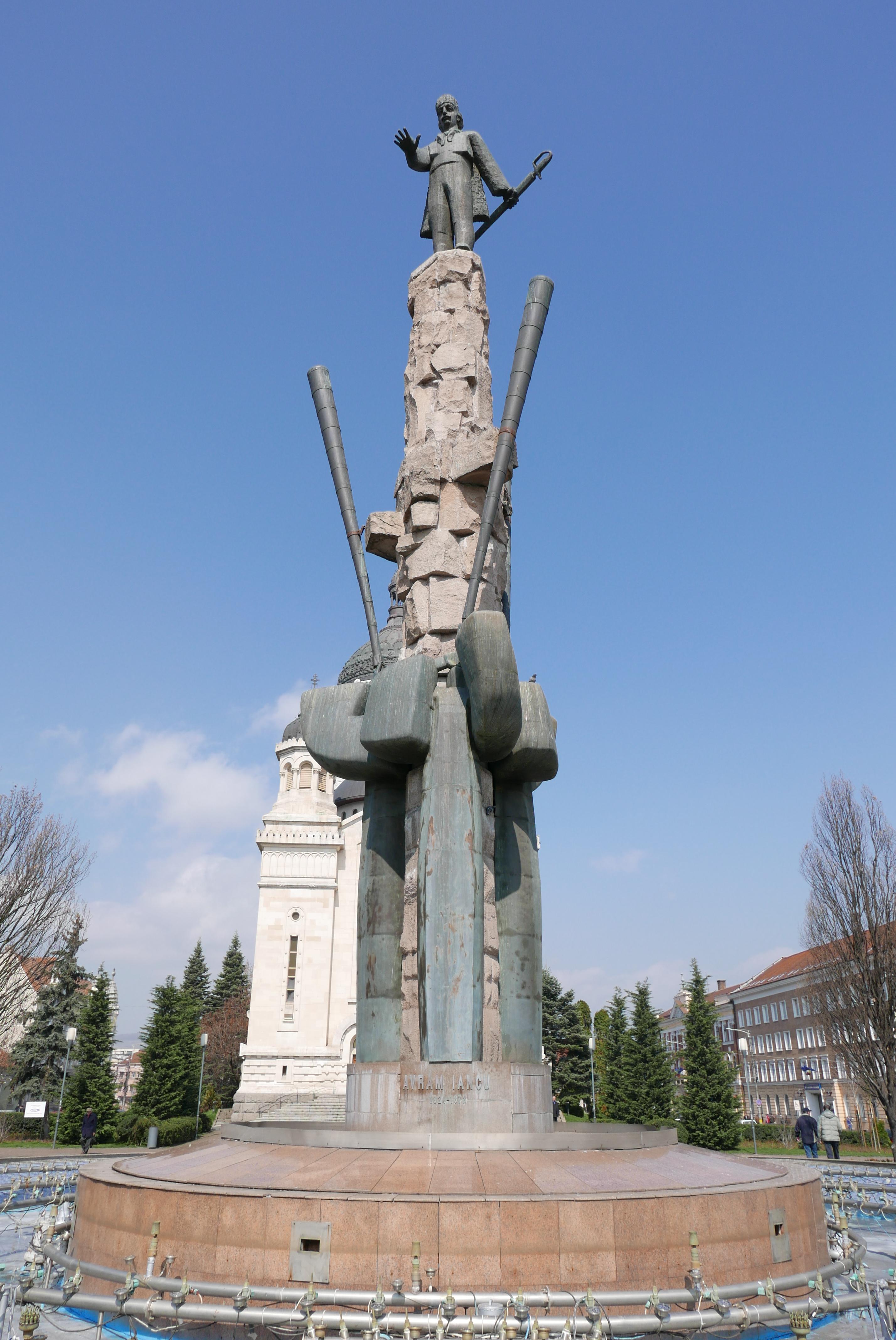 Avram Iancu guarding Cluj